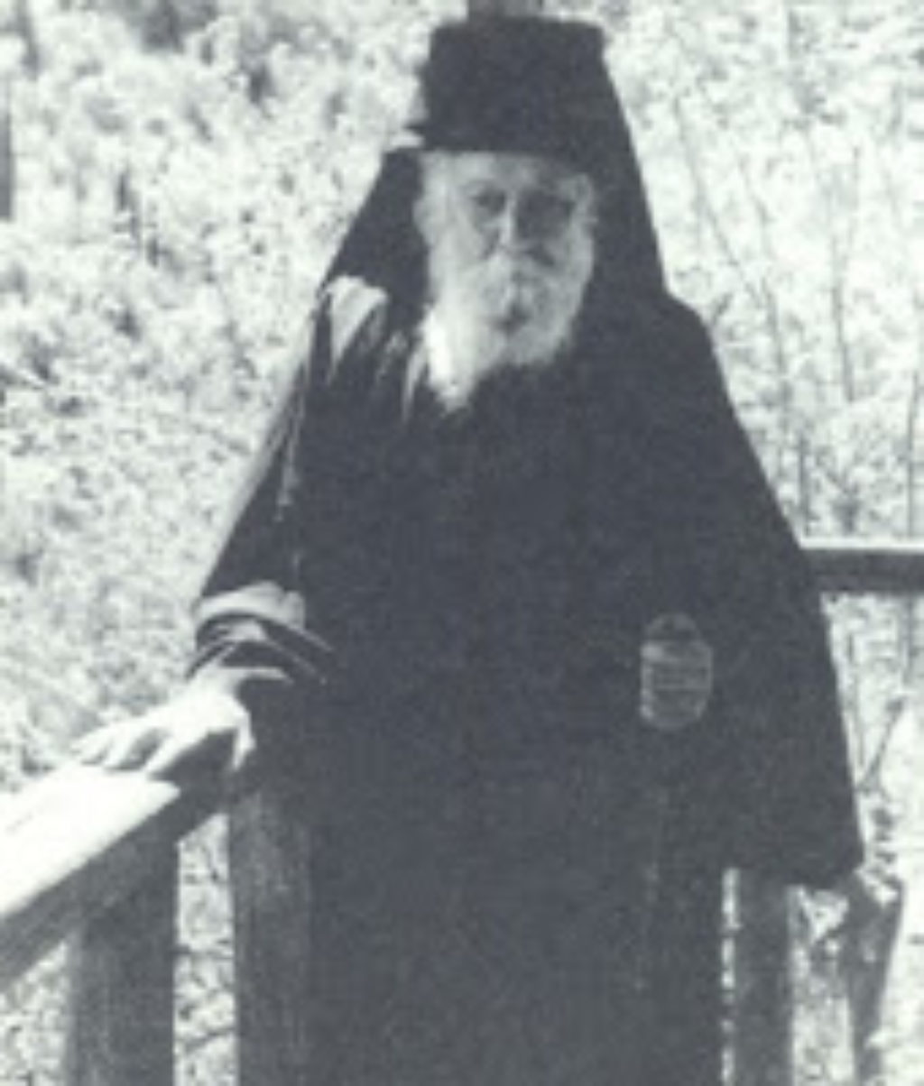 Monahos-Ioannis-Koutloumousianoskhtiotis-e1442171651953-509x600